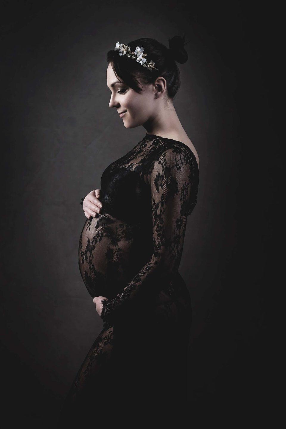 Frau mit Babybauch