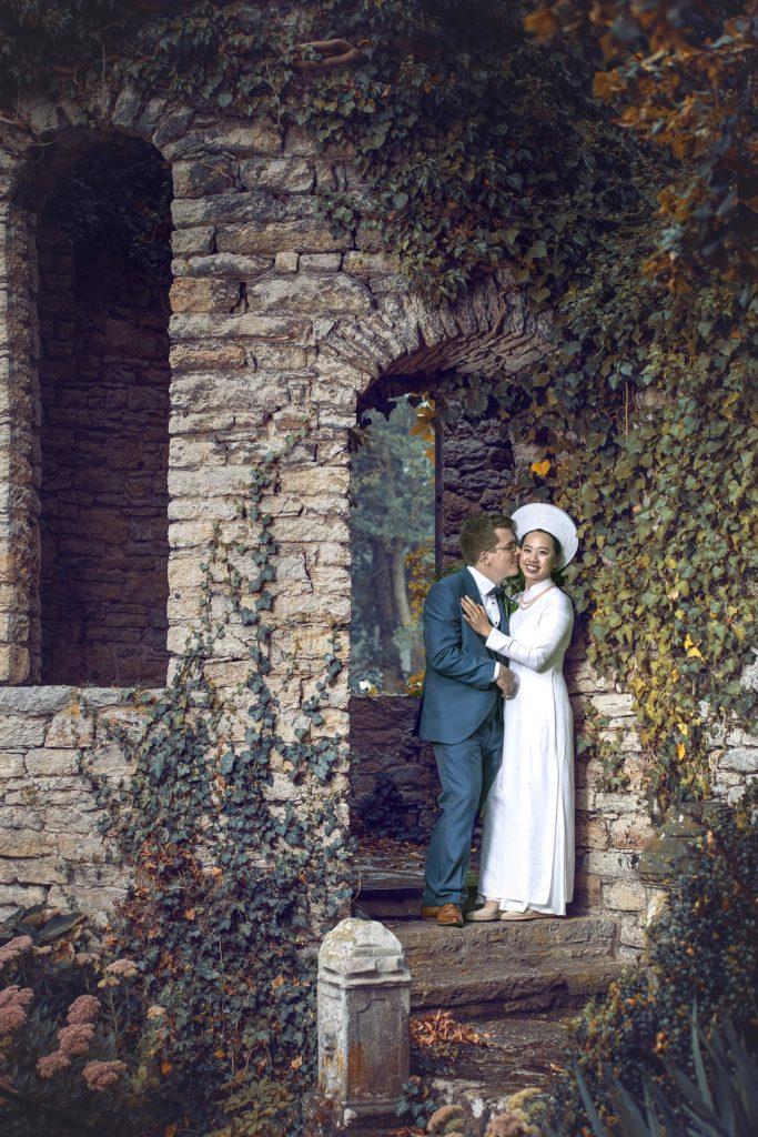 Hochzeitsfotografie Brautpaar vor dem Turm